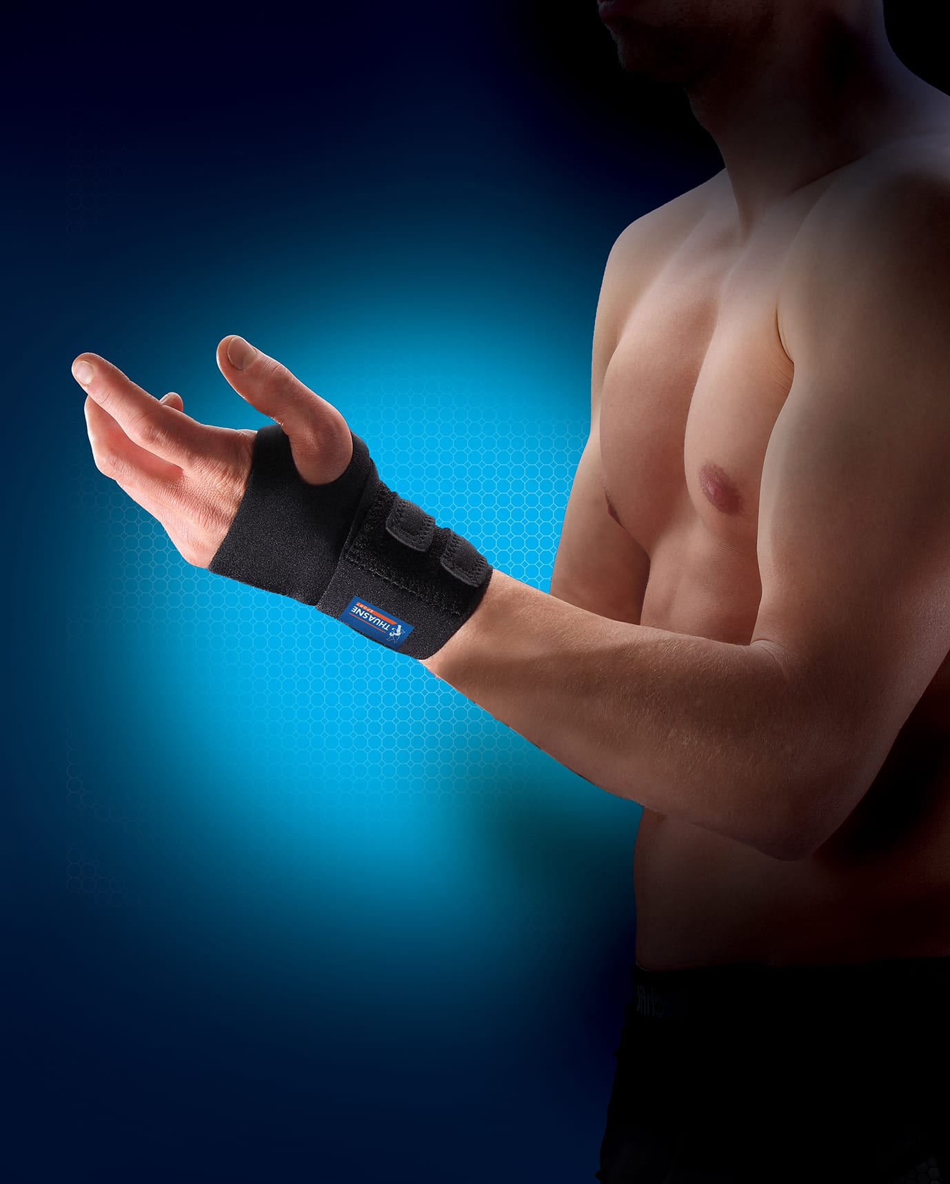 A man wearing a Thuasne Neoprene Wrist Brace