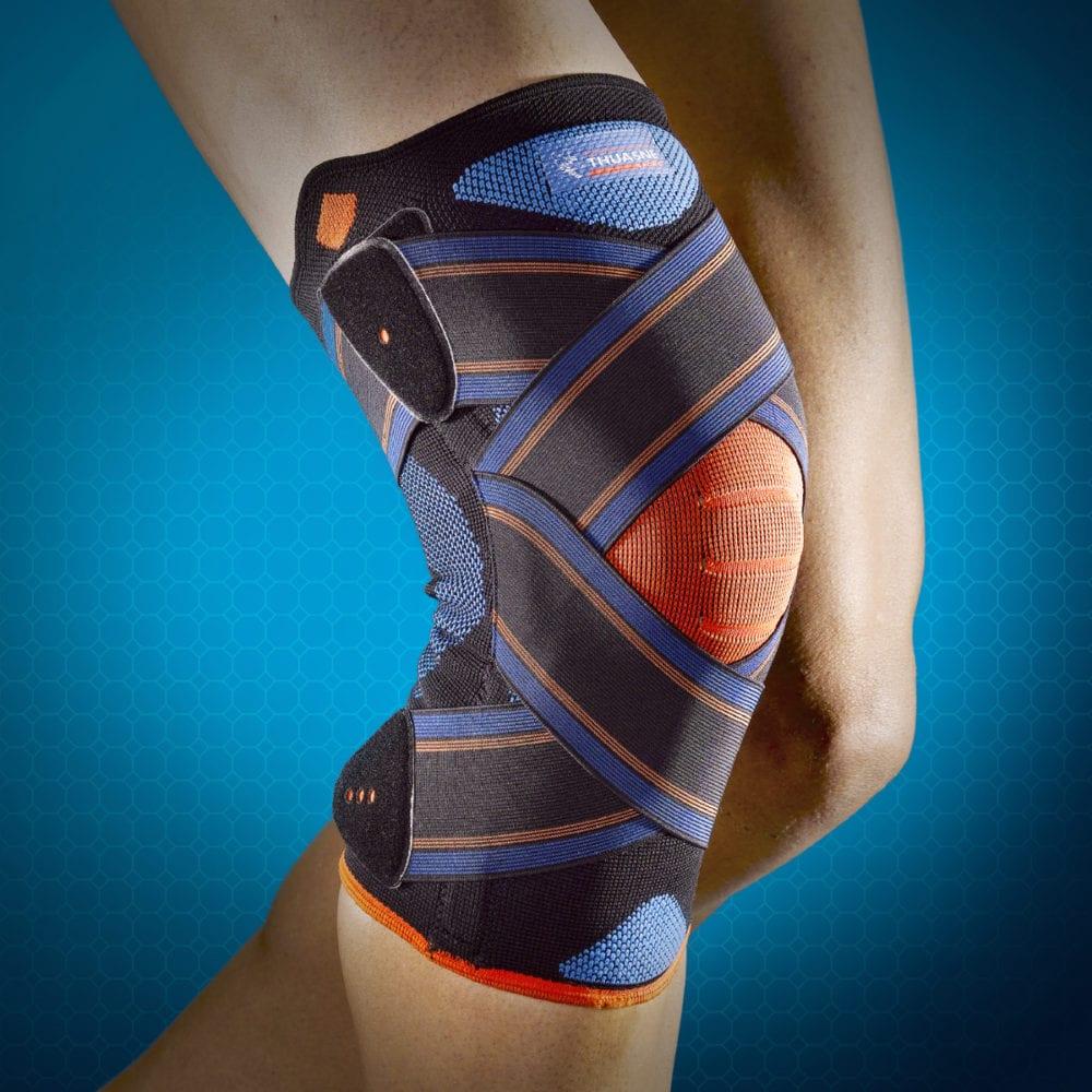 A person wearing a Thuasne Novelastic Knee Strap